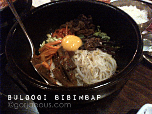 Beef with vegetables, rice, and egg
