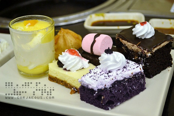 Desserts at Sambo Kojin